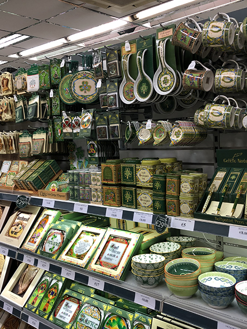 All green souveniers