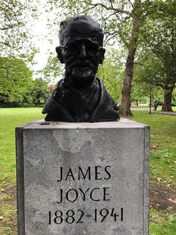 James Joyce bist in the park