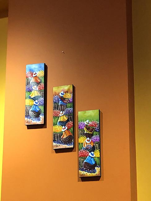 Silvestre Deli & Bistro paintings